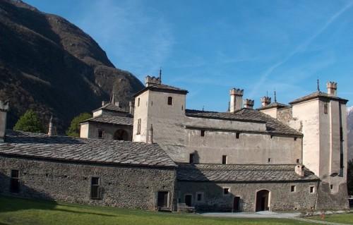 zamok-issogne-Aosta