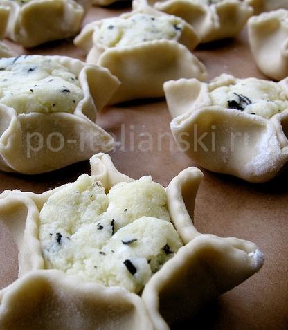 Фаготини с картошкой и сыром