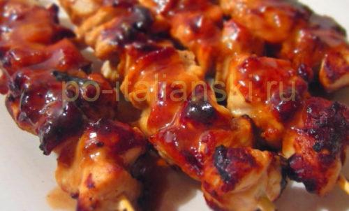 shashlik-is-kurizi-na-grile