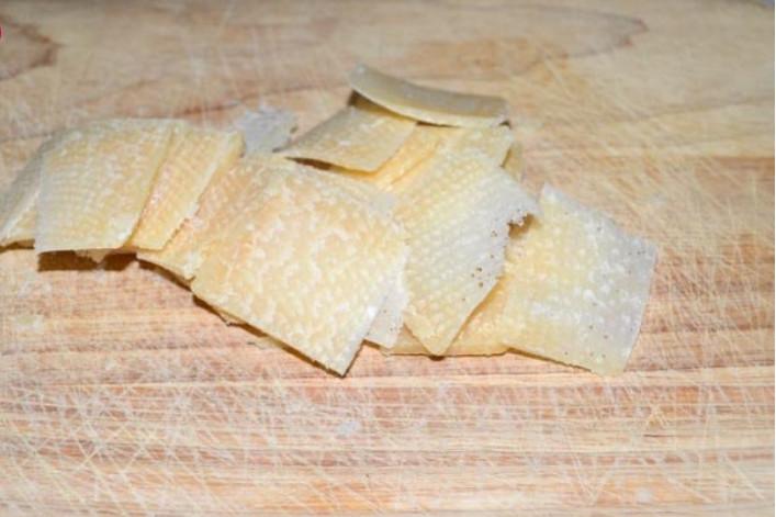 vkusnyj-salat-iz-rukkoly-3